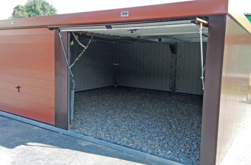 Jak mocuje się garaż blaszany